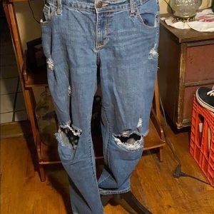 Old Navy deconstructed boyfriend jeans SZ